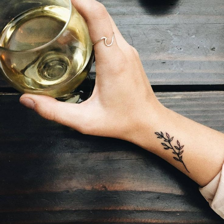 "Ideas For Tattoos on Instagram: ""Minimalist tattoos😍😍 tag someone that w…"