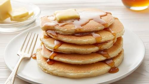 Give your morning routine a boost of protein by using Bisquick and Yoplait Greek Yogurt to mix up some extra fluffy Vanilla Protein Pancakes.