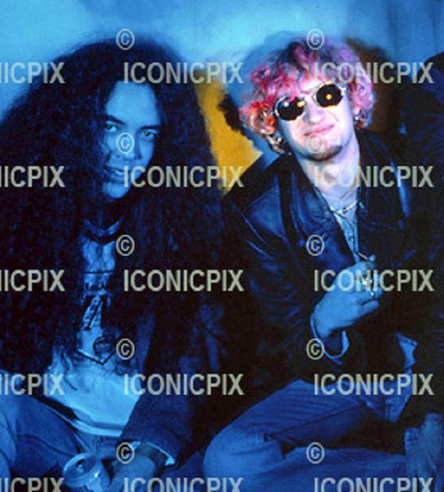 Mike Inez & Layne Staley ; Photosession in London UK - Oct 1993. Photo credit: Pete Cronin