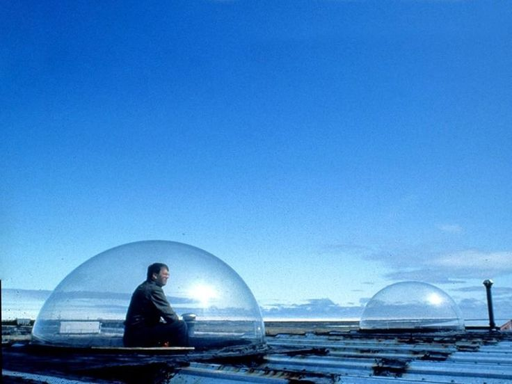 Churchill Manitoba to sit in a bubble and watch the northern lights