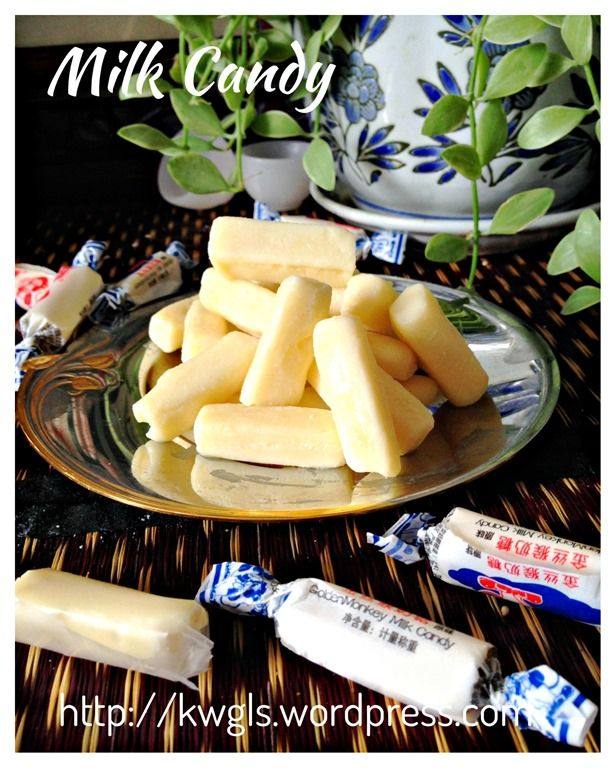 """Oooo...the nostalgia.... Homemade White Rabbit Candies 自制""""大白兔""""牛奶糖    Had lots of these as a kid...still like them too & so do the kids :D"""