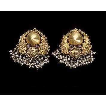 antique gold earrings gili ole-Karnataka