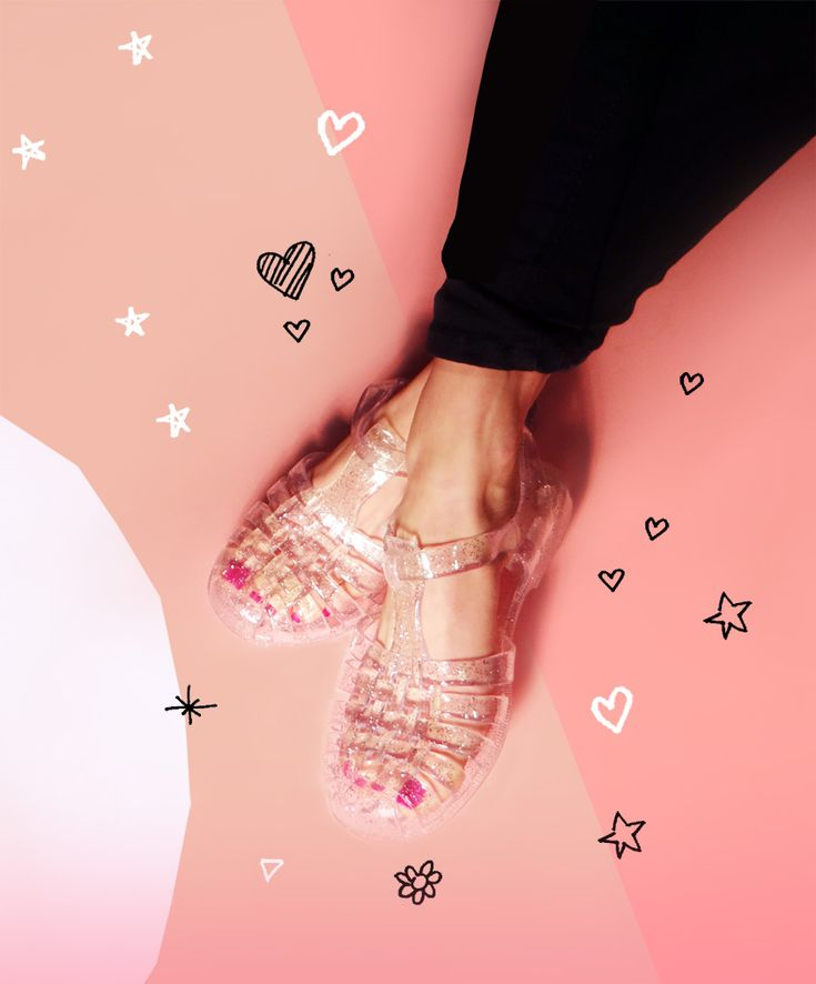 jelly shoes are back!!! Honey, we've been here since 1946. #Méduse #FrenchOriginal