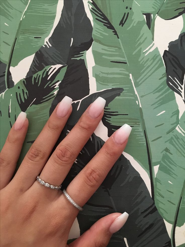 French ombre / French fade nails http://amzn.to/2sD0Po8