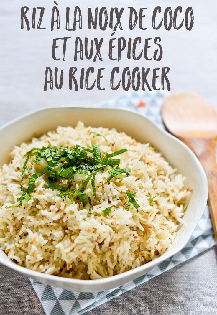 Riz à la noix de coco et aux épices au rice cooker : Une recette ultra simple pour préparer du riz à la noix de coco et aux épices au rice cooker en quelques minutes. Le parfait accompagnement pour un curry !