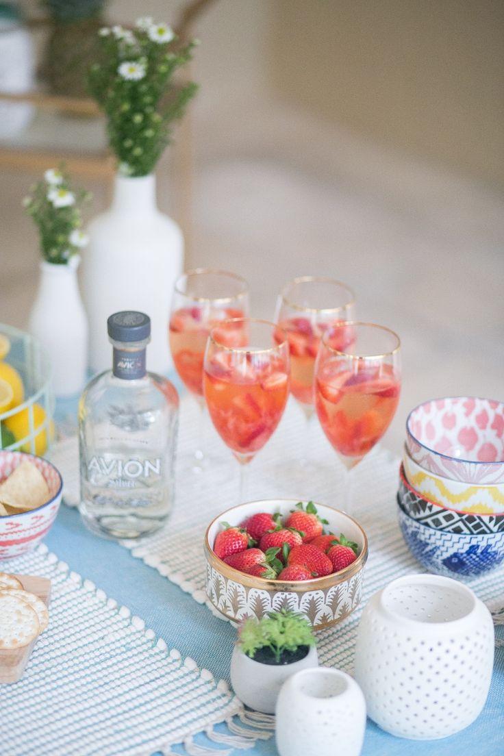Strawberry Rosé Margaritas for Cinco de Mayo - Fashionable Hostess | Fashionable Hostess