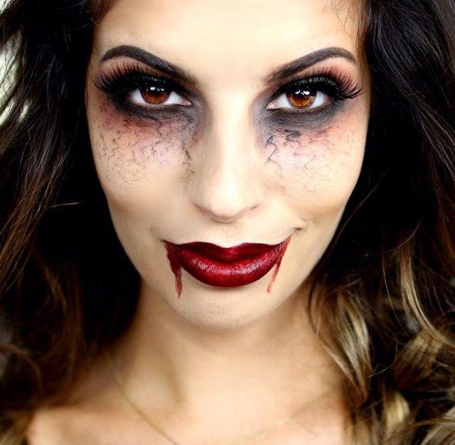 Oh so vampy!  : @larlarlee #Makeup