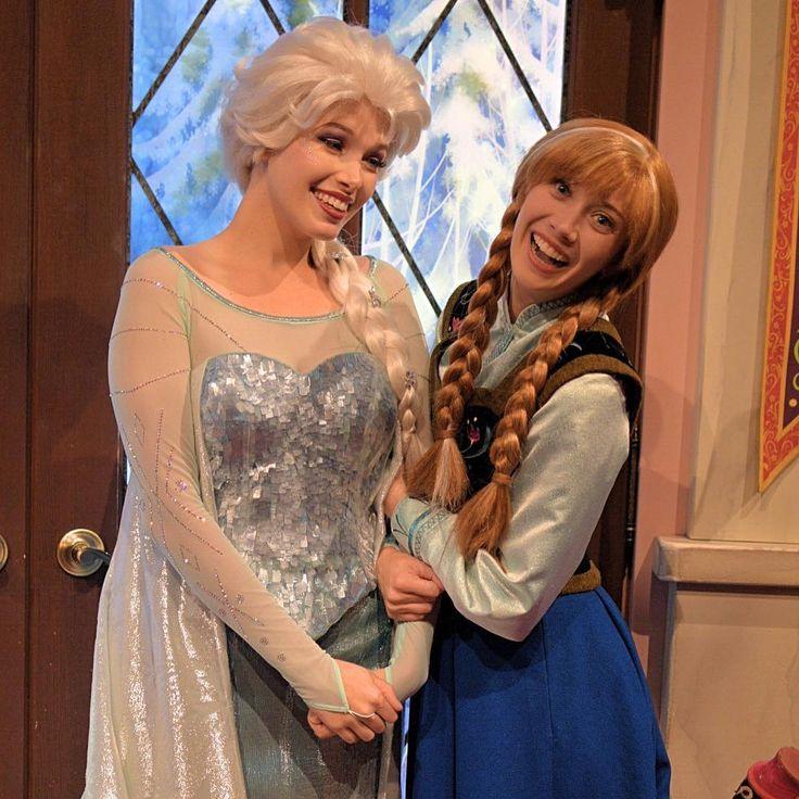 Happy Birthday Anna�� #disneyland #dlr #disneylandcaliforniaadventure #anaheim #facecharacter #anna #elsa #frozen #hollywoodland #greeting #disneygram #instadisney #ディズニーランドカリフォルニアアドベンチャー #アナハイム #アナ #エルサ #アナと雪の女王 #今日はアナの誕生日 #6月21日 http://misstagram.com/ipost/1541864718803932763/?code=BVlzcroBBZb
