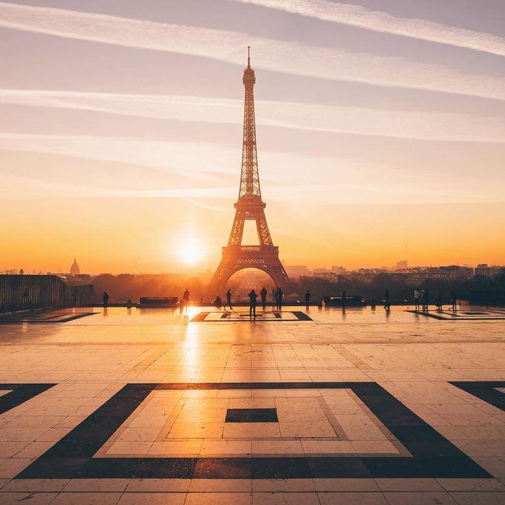'Eiffel Tower