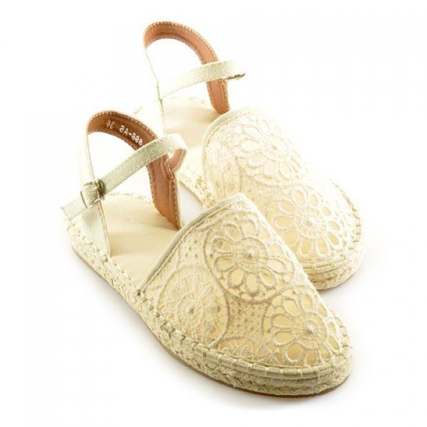 Cute for summer!  Korean Style Lace and Round Toe Design Sandals For Women
