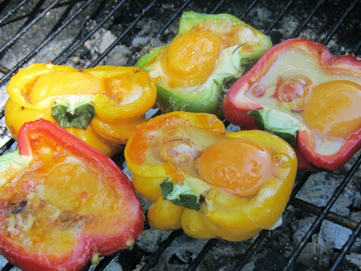 BBQ Eggs in peppers