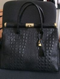 Available @ TrendTrunk.com Black leather alligator print purse- Giada Pelle Bags. By Black leather alligator print purse- Giada Pelle. Only $70.00!