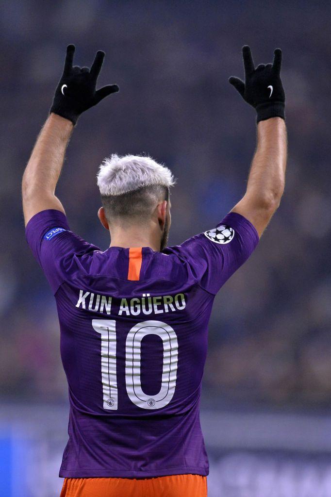 Sergio Aguero Of Manchester City Reacts After Scoring During The Jugador De Futbol Fotos De Futbol Poster De Futbol