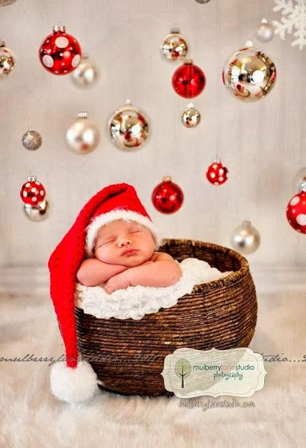 15 MORE Christmas Picture Ideas with Babies
