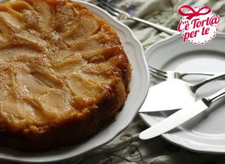 Torta di mele al caramello: come resistere a tanta bontà?  Clicca e scopri la ricetta...