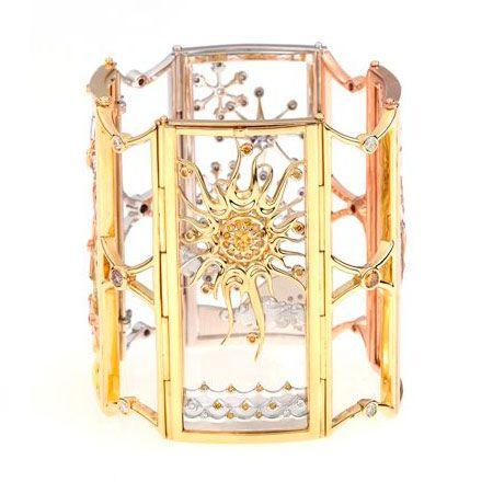 Winner of 'Fancy Fancy Diamond Award' at Harper's BAZAAR Diamond Guild Australia Jewellery Awards 2009