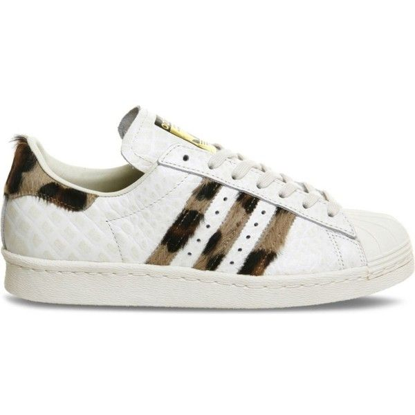 ADIDAS Superstar 80s snake-embossed leather trainers (995 GTQ) ❤ liked on Polyvore featuring shoes, sneakers, white snake leopard, lace up shoes, adidas sneakers, 80s shoes, 80s sneakers and leopard print shoes
