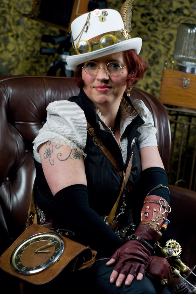 Steampunk lady 3