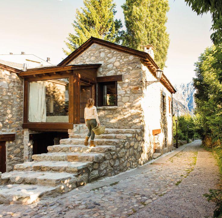 M s de 25 ideas incre bles sobre casas de monta a que te - Casas de madera con piscina ...