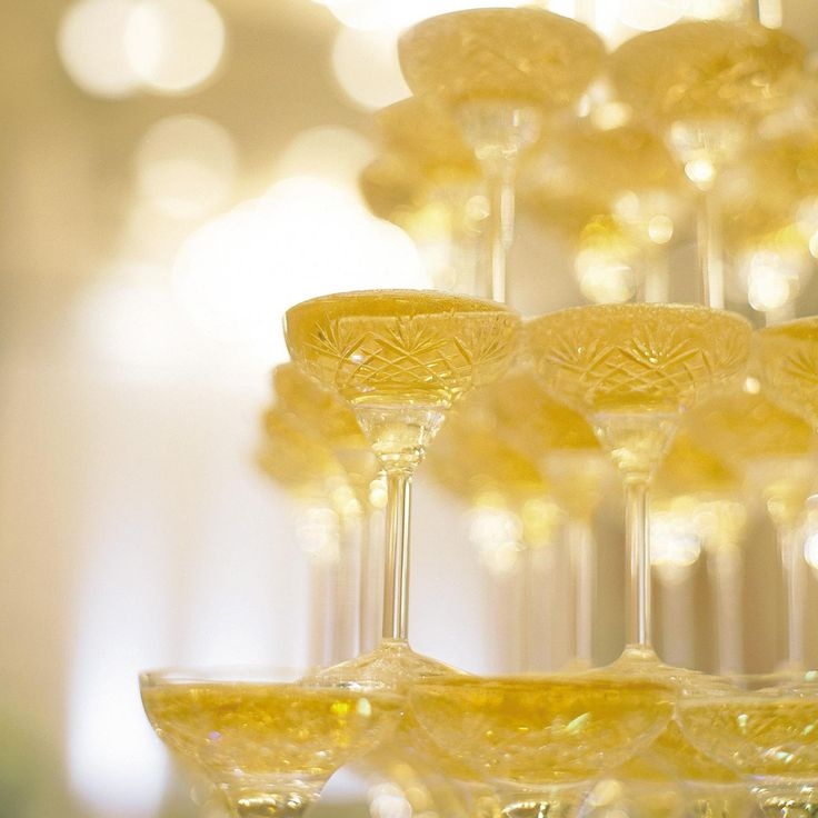 Savour the spirit of festive on New Year's Eve. Sip your favourite drinks at The Glaz Bar as you reconnect with friends or loved ones. มาร่วมส่งท้ายปีเก่าต้อนรับปีใหม่ที่เดอะ กลาสซ์ บาร์ กับแพ็คเกจเครื่องดื่มไม่อั้นสุดคุ้มเพียง 1,500 บาท