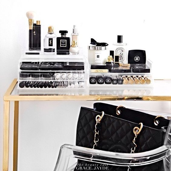 The Paper Mulberry:    DRESSING TABLE   STORAGE