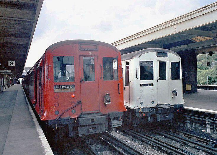 http://en.wikipedia.org/wiki/London_Underground_rolling_stock