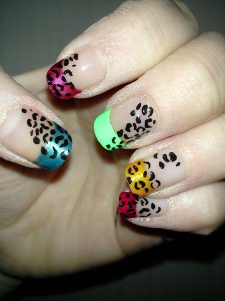 Värikkäät leopardikynnet