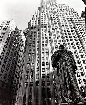 Berenice ABBOTT :: John Watts Statue, 1938