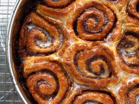 Low Fat Cinnamon Rolls_BakersRoyale