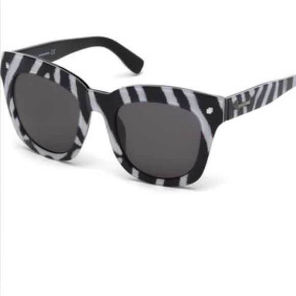 Authentic Dsquared sunglasses Show stopping Dsquared sunglasses! Chic and Trendy-New with tags Dsquared Accessories Sunglasses