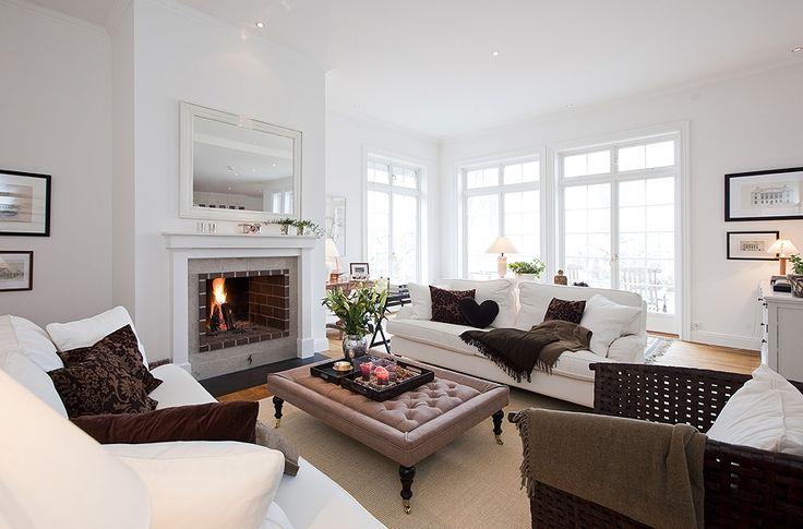 Stockholm Vitt - Interior Design: New England Styled Home