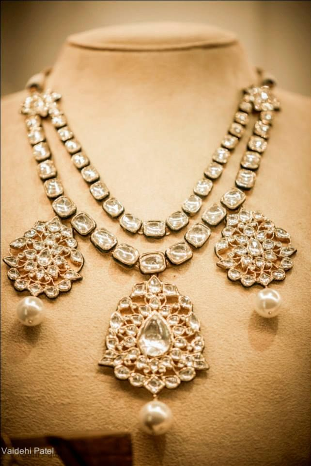 Uncut diamond necklace. Description by Pinner Mahua Roy Chowdhury