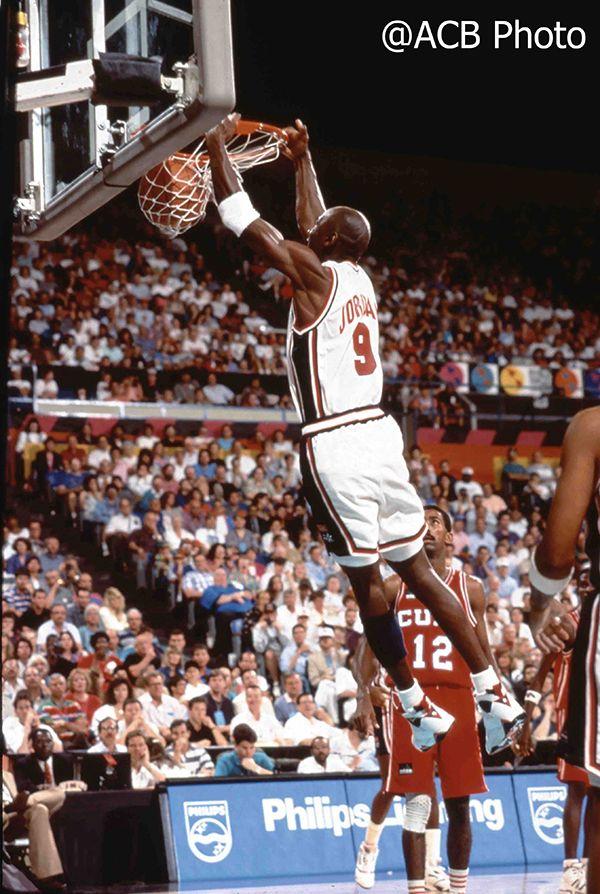 É assim que Michael Jordan respondeu na estréia pré