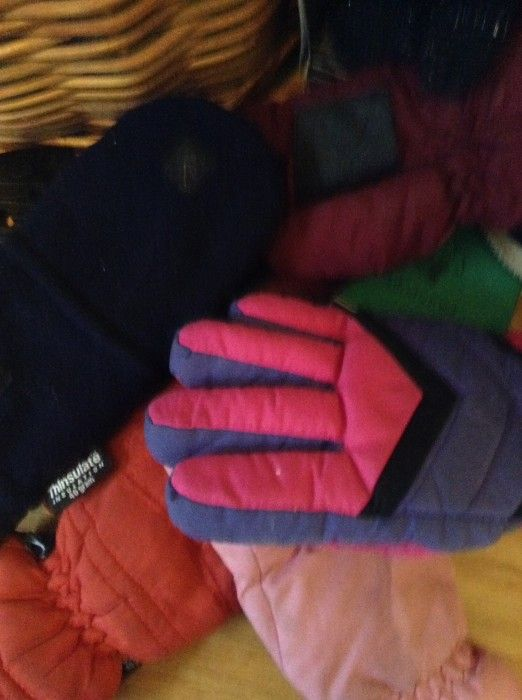 Lost a glove? Keep the other near the freezer for sensitive hands.