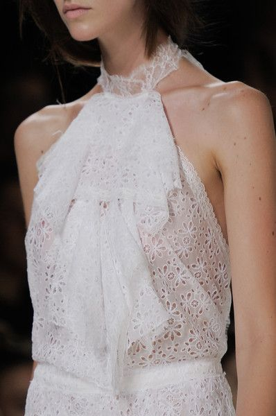 Style - Minimal + Classic: Nina Ricci Spring 2014 - Details