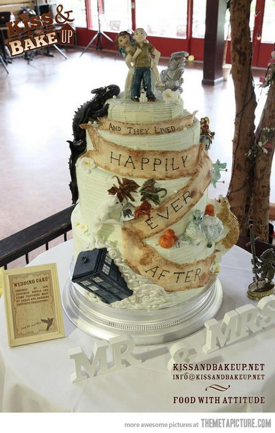 Count the fandoms in this geek/nerd wedding cake. (Doctor Who/How to Train Your Dragon/Harry Potter/Game of Thrones/Firefly/Labyrinth/Hunger Games/Golden Compass)