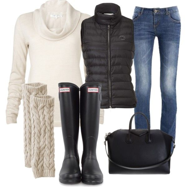 hunter boots.  cabled leg warmers.  puffy vest.  check. check. and check.
