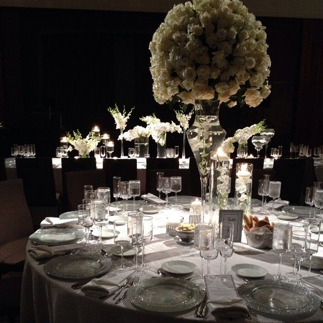 Dramatic reception tablescapes for a Grand wedding at Grand Hyatt New York