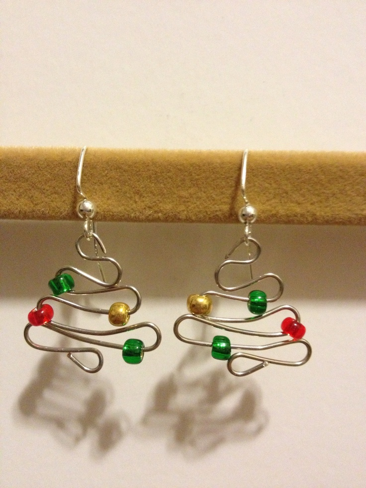 DIY christmas earrings | www.bykaro.nl