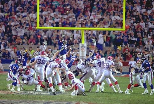 Super Bowl XXV | January 27, 1991 – More NFC dominance and the beginning of the Bills losing heritage. The New York Giants became the first and only team to win a Super Bowl by one point, as Scott Norwood's field goal attempt sailed wide right in Tampa and the Giants won their third Super Bowl 20-19. Giants running back Ottis Anderson won the MVP, running for 102 yards and a touchdown.