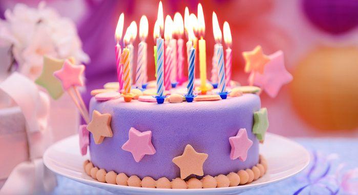 Looking for some kids' birthday cake inspiration?  #SAHM #BirthdayCakes