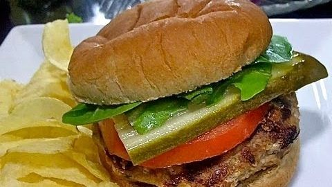 Easy Turkey Burgers Recipe: How To Make Juicy, Flavorful Turkey Burgers! -- Watch Divas Can Cook create this delicious recipe at http://myrecipepicks.com/2905/DivasCanCook/easy-turkey-burgers-recipe-how-to-make-juicy-flavorful-turkey-burgers/