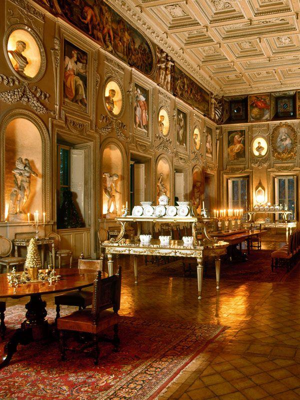 Inside Palazzo Sacchettis Royal Interiors