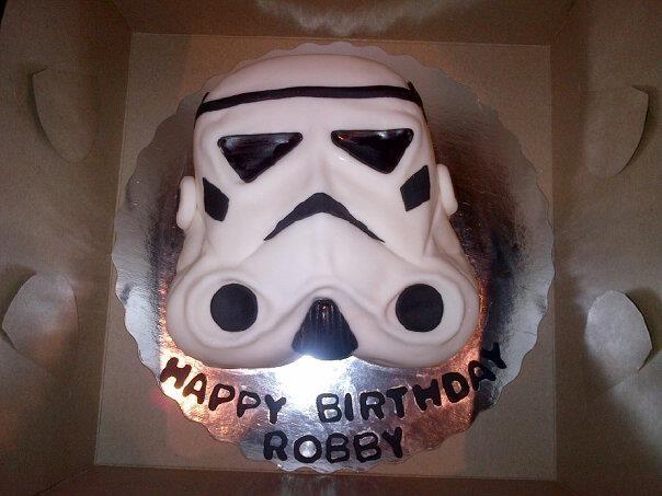Boyfriends Birthday Cake: Storm trooper