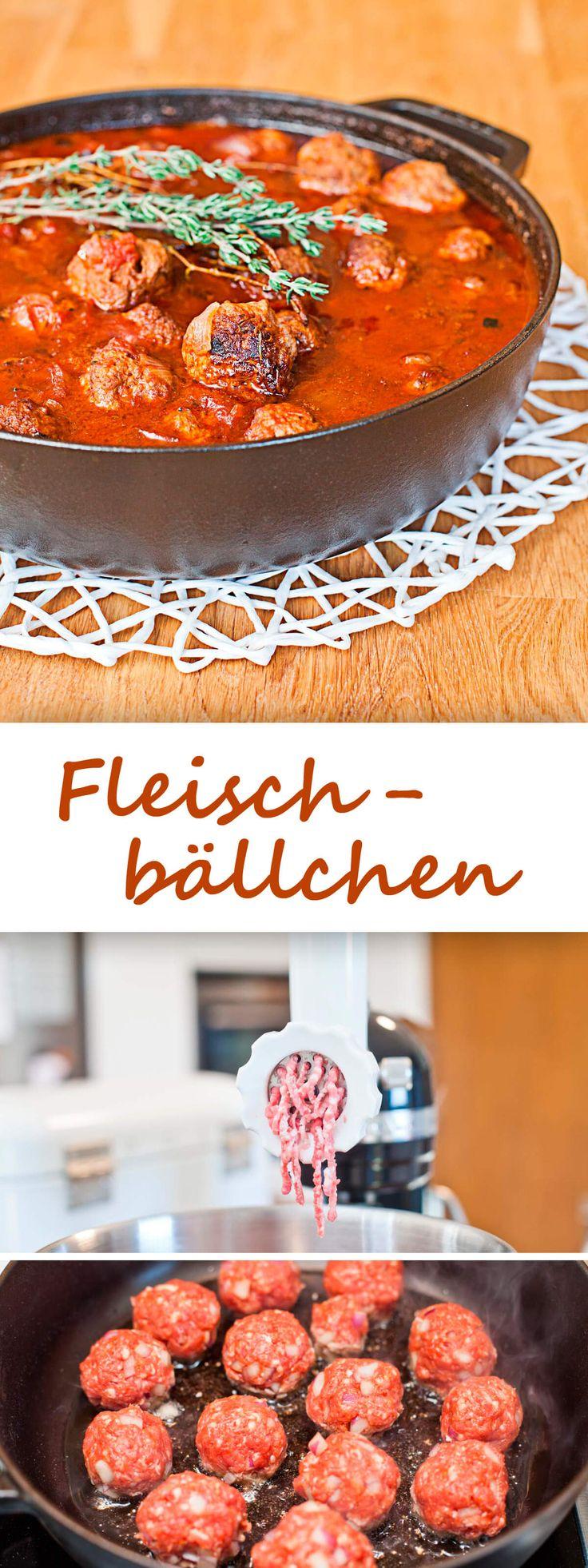 Fleischbällchen in Tomatensauce {meatballs}