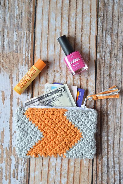 Crochet Stitch Ltr : Ravelry: Chevron Zipper Pouch pattern by Bethany Dearden