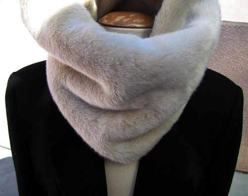 DIY Fur Snood - Going to make this!