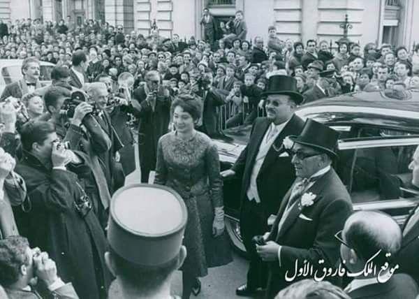 ذكرى وفاة الملك فاروق الملك فاروق وأبنته الأميرة فوزية أثناء حضورهما حفل زفاف الملك سيميون ملك بلغاريا سويسرا 1962 Photo Vintage Photos Egyptian History