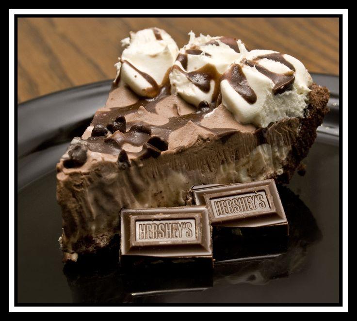 Hershey Sundae Pie ! My favorite dessert ! Yummy ! :D