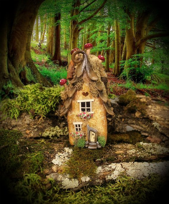 Maze Fairy Willow Spirit House 3 3/4 inches tall by FairyWillow